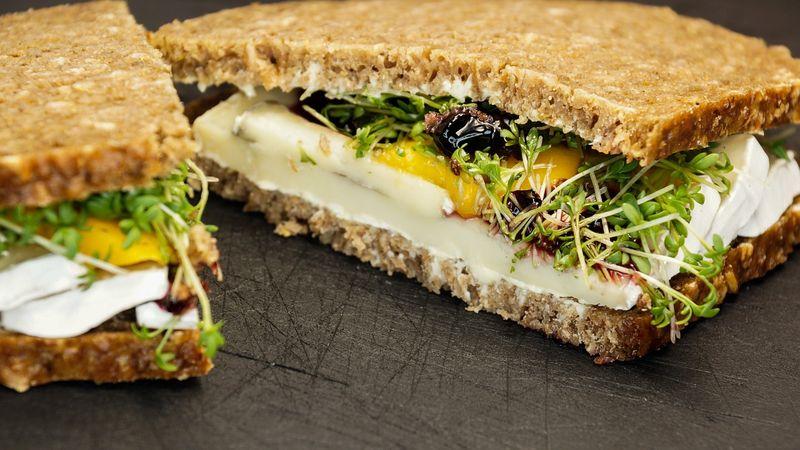 sandwich-890823_1280